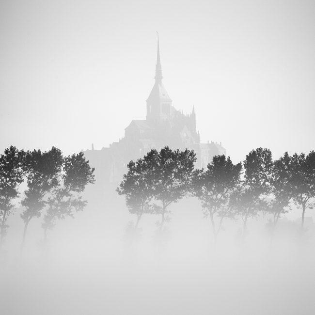 mont-saint-michel-tableau-deco-visions-minimalistes-nicolas-rottiers-photographe-caen