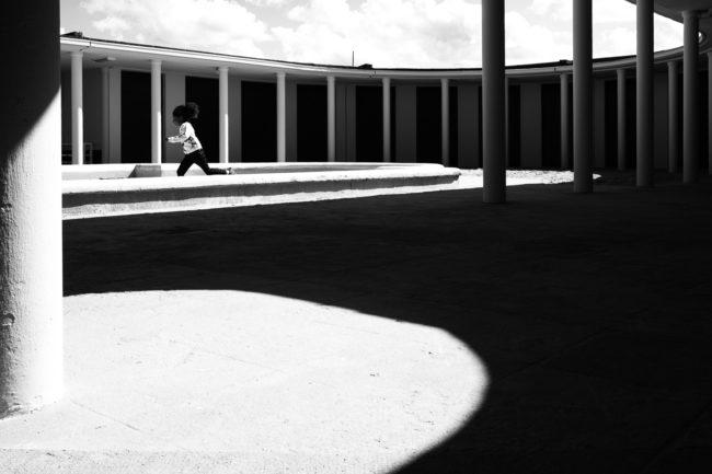 les-jours-ordinaires-street-photography-rue--nicolas-rottiers-photographe-caen-le-havre